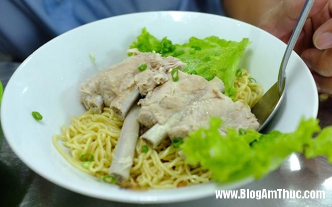 misuon Những địa chỉ ăn uống chảnh mà vẫn đắt khách ở Sài Gòn