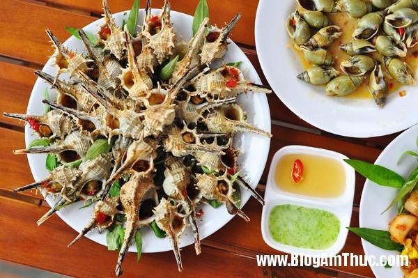ocgai2 Ốc xào kiểu mới ở Hà Nội