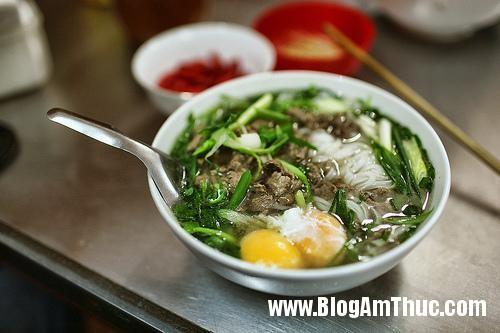 pho thin Những địa chỉ ăn sáng nổi tiếng ở Hà Nội