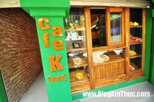 quan ca phe phong cach lop hoc han quoc thap nien 70 Quán cà phê đậm chất Hàn Quốc ở Hà Nội