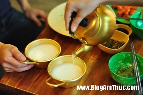 quan ca phe phong cach lop hoc han quoc thap nien 704a Quán cà phê đậm chất Hàn Quốc ở Hà Nội
