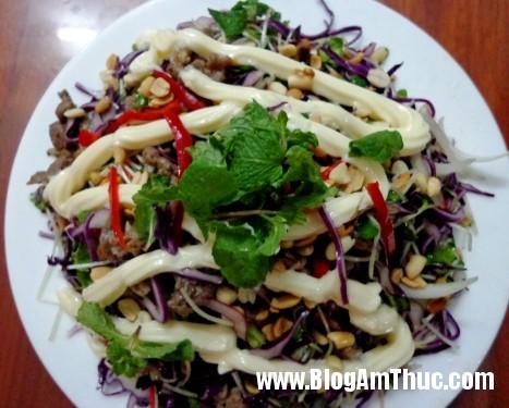 thanh mat salad rau mam thit bo Salad rau mầm thịt bò thanh mát cho ngày nóng