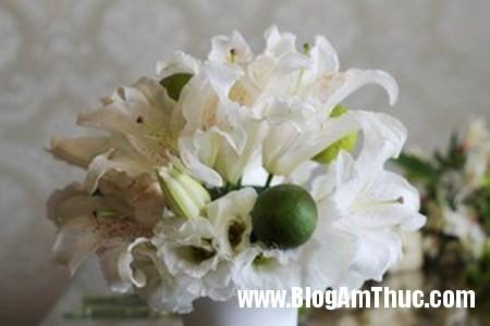 Binh hoa xen qua sung tuc dam am 4 Bình hoa quả xum xuê cho ngôi nhà đầm ấm
