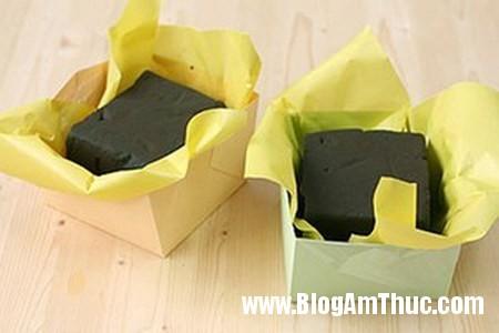 Cam hoa cam chuong voi hop giay that dep 4 Làm hộp cắm hoa cẩm chướng bằng giấy thật xinh