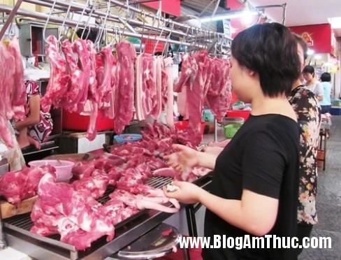 nau 1 Cách đơn giản nhất để khử mùi hôi của thịt lợn