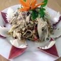 Món ngon Việt Nam: Bắp chuối trong món ăn Huế.