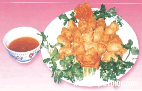 cacuonchienxu Chế biến món cá cuộn chiên xù