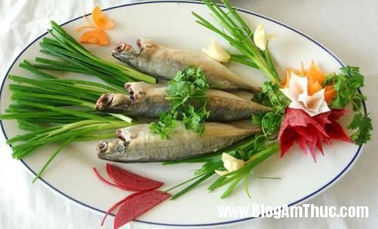 canuc Cá nục hấp cuốn bánh tráng   Món ngon khó quên của người miền Trung