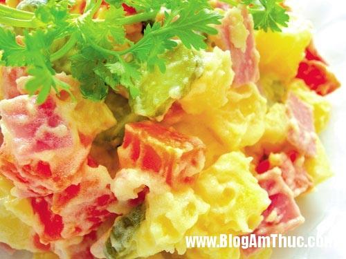 img52147UYOQG 1367035032 ngay nang an salad 1  Các món salad cực ngon và mát cho mùa hè