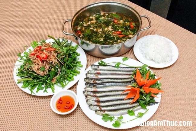 Giai nhiet cung canh ca keo rau dang 3 Canh cá kèo rau đắng mát lành, bổ dưỡng