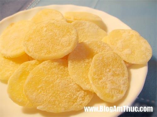 cach lam mut khoai tay ngon 1 phunutoday vn Cách làm mứt khoai tây giòn ngon đón Tết