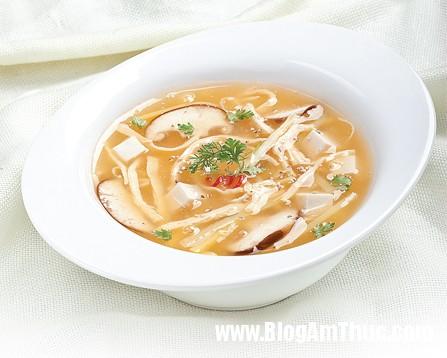sup20ga Cách nấu món súp gà cay thơm ngon