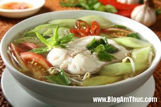 Canh cá mè nấu dọc mùng thơm ngon cho bữa tối | Blog Ẩm Thực – Thế Giới Ẩm Thực – Món Ăn Ngon Việt Nam & Thế Giới