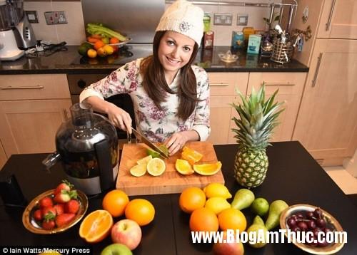 1461836529 ung thu da day 2 Chiến thắng bệnh ung thư dạ dày bằng nước ép loại trái cây này