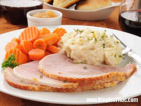2ffc59280b6513b65e89b84910829ff8 Các món ăn ngon Giáng sinh từ thịt lợn đáng quan tâm
