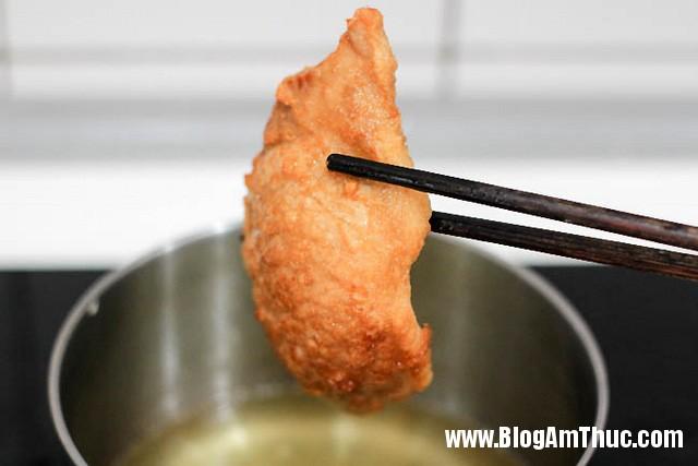 photo 2 1492414523272 Thịt heo mà rim kiểu này thì cả nồi cơm đảm bảo hết bay trong nháy mắt