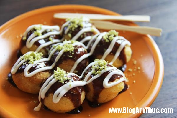 3 BHQ09001784 Những món ngon khó cưỡng lại của ẩm thực đường phố Nhật Bản