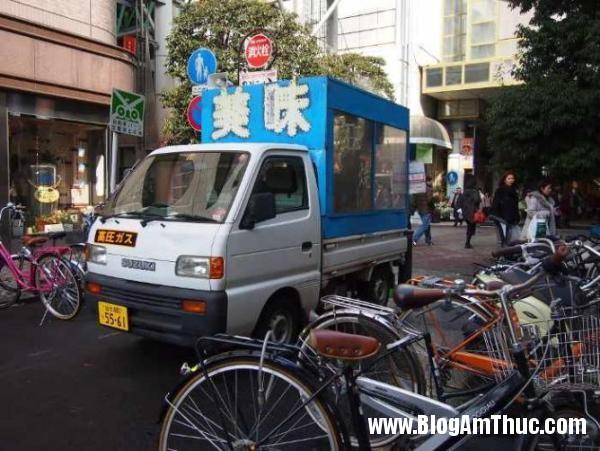 5 BHQ35393759 Những món ngon khó cưỡng lại của ẩm thực đường phố Nhật Bản