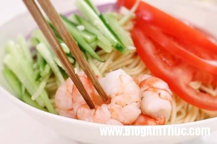mi6 1493775581551 Mì lạnh kiểu Thái cực dễ làm dành cho bữa trưa ngày nóng