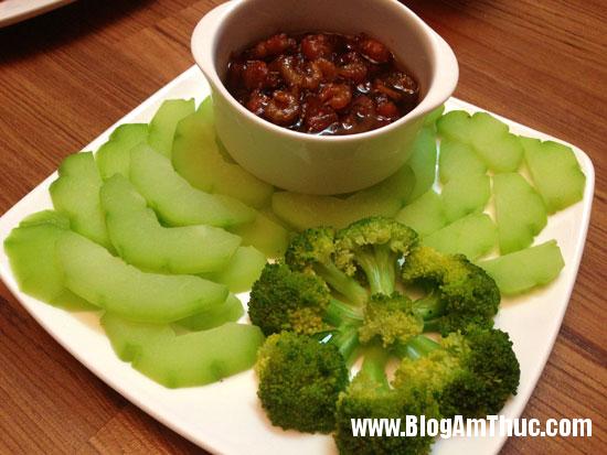 8 Cách làm kho quẹt tóp mỡ tôm khô chấm rau củ luộc bảo đảm hết cơm