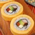 Bien-tau-la-mieng-voi-sushi-trung-cuon-ngon-mien-ban-5-1509096314-width400height600