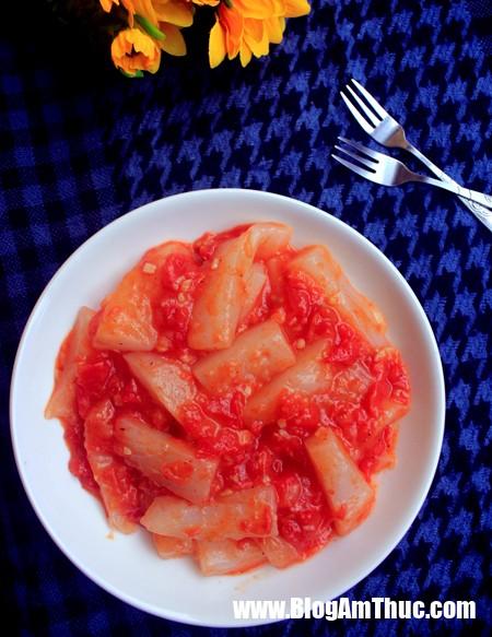 photo 0 1480898127066 Cách làm món bánh gạo sốt cay cực hấp dẫn cho ngày se lạnh