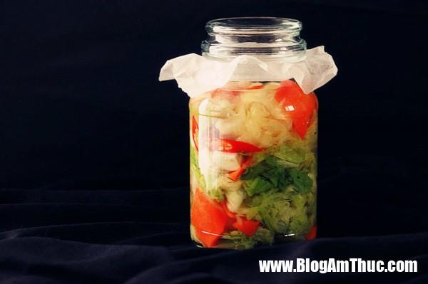 photo 11 1479693379478 Cách muối dưa bắp cải chua ngọt giòn ngon chinh phục mọi khẩu vị