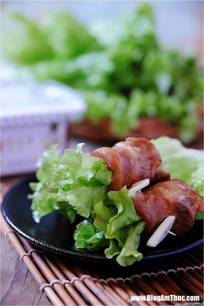 thit nuong cuon xa lach 4 1514226448207 Thịt cuộn xà lách ăn ngon đủ chất cho ngày bận rộn