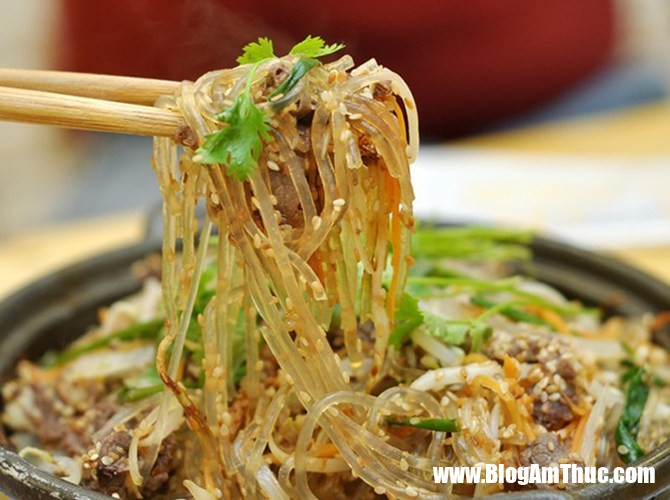 cach lam mien tron ngon cho bua sang 4 phunutoday vn Sáng làm ngay món miến xào thịt gà cực ngon là đủ dinh dưỡng cho cả ngày