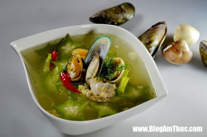 145747 mon canh ngao nau khe 660x437 Cách nấu canh ngao chua với khế lạ miệng dễ ăn