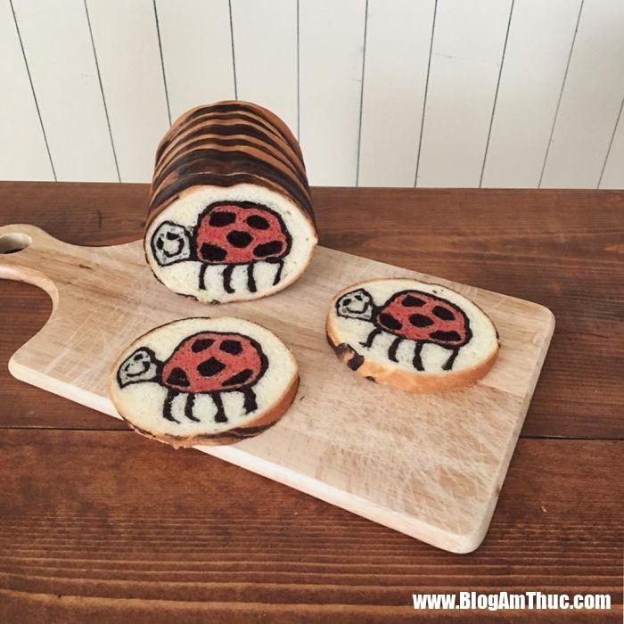 banh my xinh xan 14 Mê mẩn những lát bánh mì đáng yêu của mẹ Nhật làm cho bé