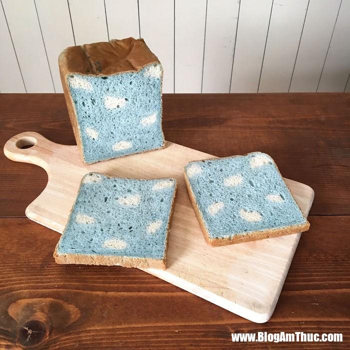 banh my xinh xan 19 Mê mẩn những lát bánh mì đáng yêu của mẹ Nhật làm cho bé