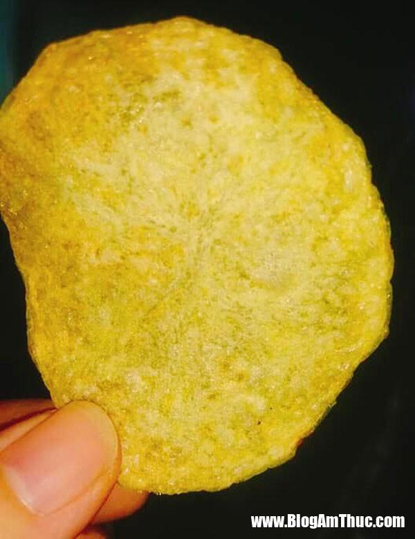 bim khoai tay5 Tự tay làm bim bim khoai tây đãi bé trong kỳ nghỉ hè