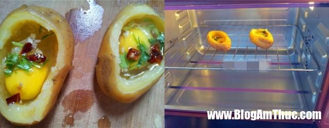 khoai tay nuong trung 3 1528386482890698319212 Bữa sáng đầy đủ dinh dưỡng với khoai tây nướng trứng thơm phức