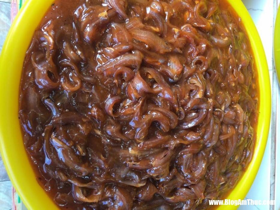 mam chung anh2 Hao cơm với mắm cá linh chưng thịt trứng thơm phức