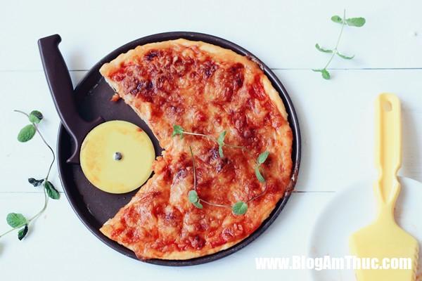 pizza ca 5 15338887415431624392024 Công thức pizza cá này đảm bảo cả nhà bạn sẽ thích ngay từ miếng đầu tiên