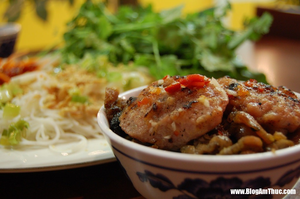 buncha Đặc trưng của ẩm thực Việt Nam trong lòng khách quốc tế