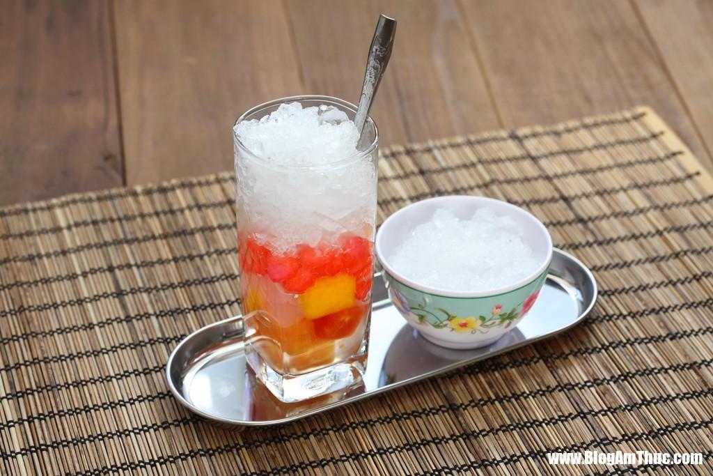 chebamau 2 Đặc trưng của ẩm thực Việt Nam trong lòng khách quốc tế