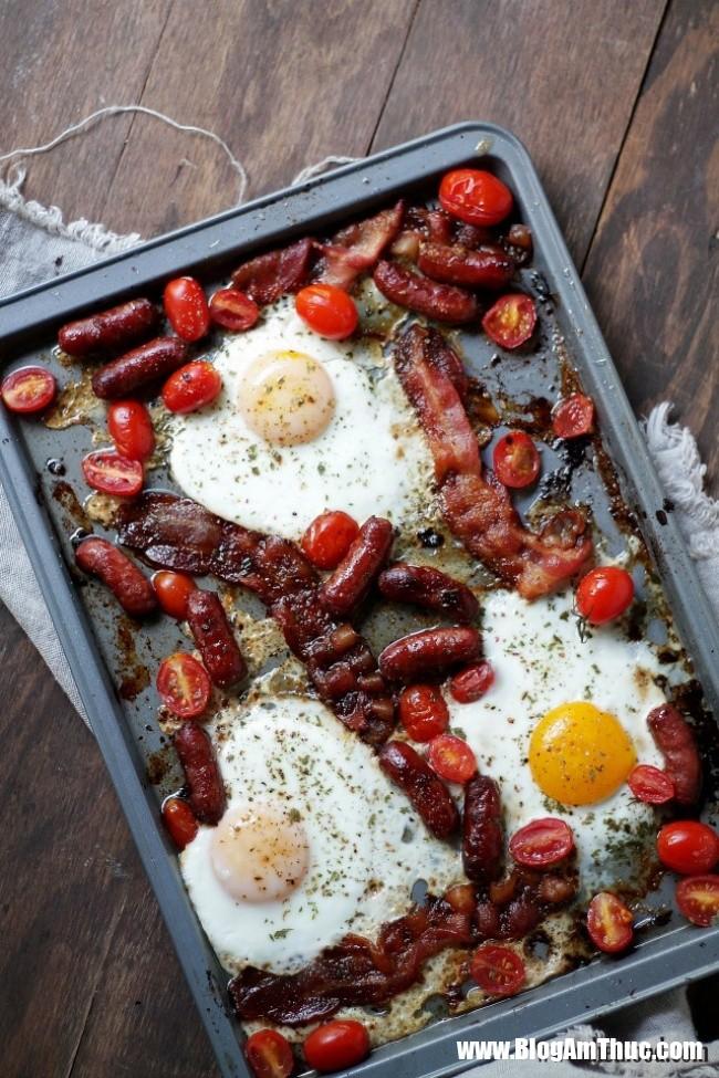 1544031825 499 8 bua sang ngon tuyet cu meo chi mat 5 phut de nau 4 1543977883 width650height975 Những bữa sáng đầy đủ chất dinh dưỡng với trứng