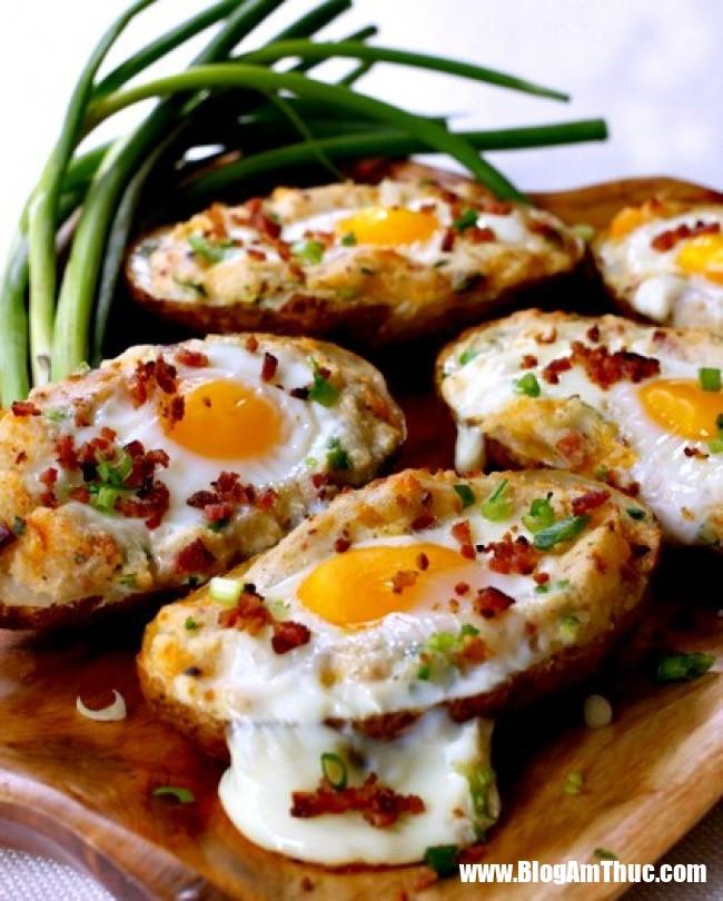 1544031825 652 8 bua sang ngon tuyet cu meo chi mat 5 phut de nau 3 1543977883 width650height810 Những bữa sáng đầy đủ chất dinh dưỡng với trứng