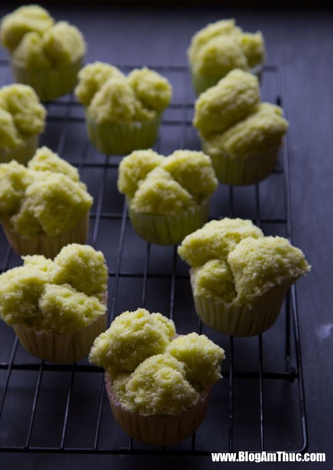 pandan huat kueh 10 copy 15469291432811839547215 Nướng bánh bông lan xưa rồi, hấp bánh còn thơm ngon hơn!
